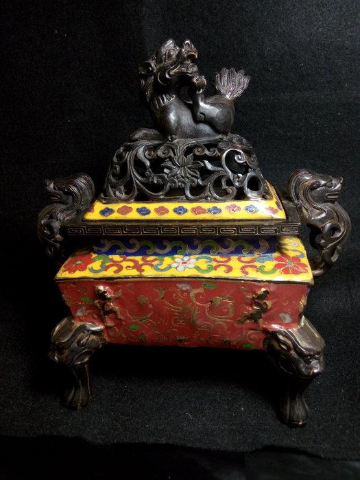 老銅琺瑯檀香爐