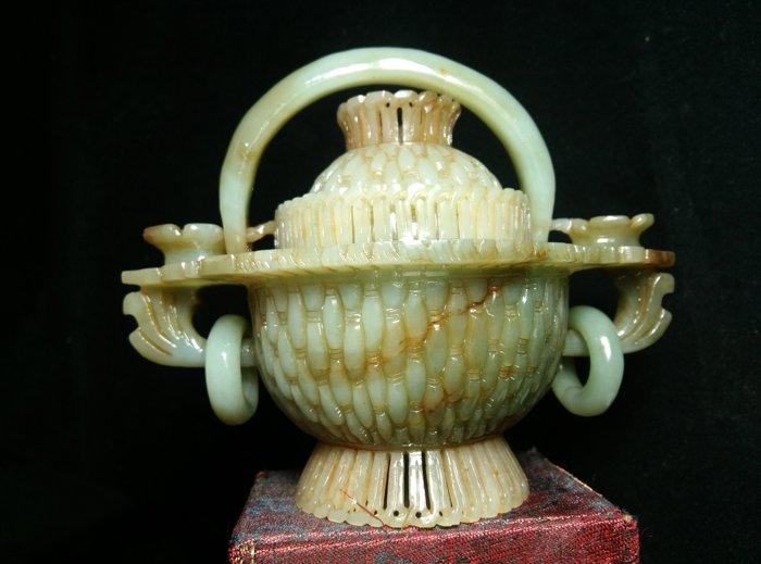 和闐老料青玉-=花籃
